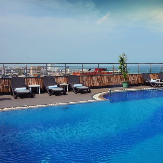 http://pearlgrouphotels.com/wp-content/uploads/2016/02/pool-540x540.jpg
