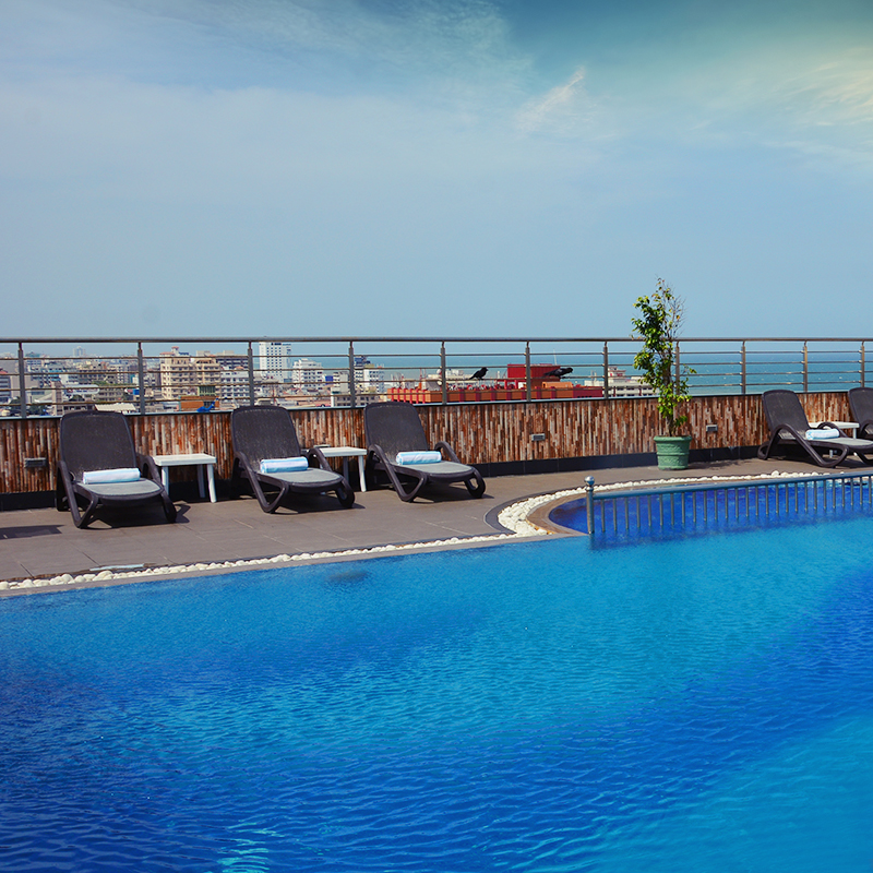 http://pearlgrouphotels.com/wp-content/uploads/2016/02/pool.jpg