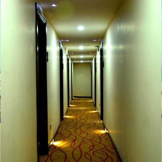 http://pearlgrouphotels.com/wp-content/uploads/2016/03/Pearl-City-Hotel-images-inside.-540x540.jpg