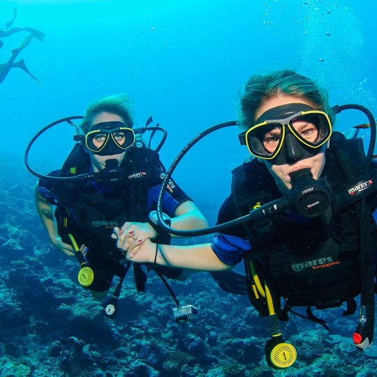 http://pearlgrouphotels.com/wp-content/uploads/2016/07/Ocean_Dimensions_Scuba_Diving-540x540.jpg