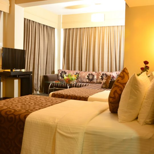 http://pearlgrouphotels.com/wp-content/uploads/2016/07/Superior-Deluxe-Family-Suite-3-540x540.jpg
