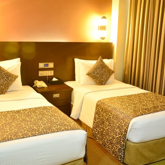 http://pearlgrouphotels.com/wp-content/uploads/2016/07/Superior-Deluxe-Twin-Room-1-540x540.jpg