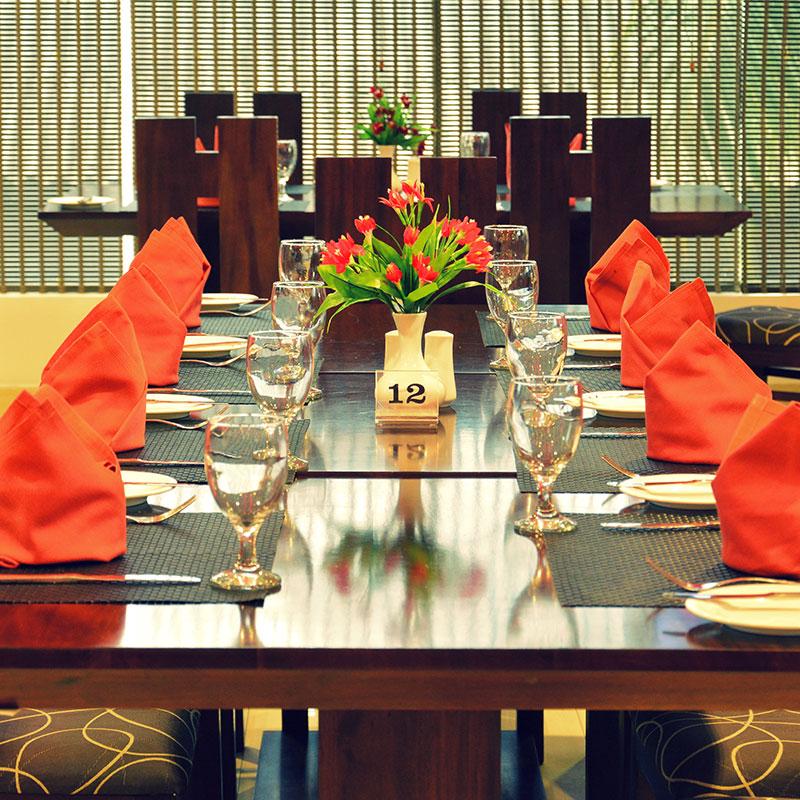 http://pearlgrouphotels.com/wp-content/uploads/2016/07/pearl-grand-hotel-sri-lanka-1.jpg