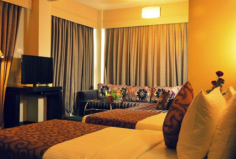 http://pearlgrouphotels.com/wp-content/uploads/2016/07/pearl-grand-hotel-sri-lanka-2-800x540.jpg