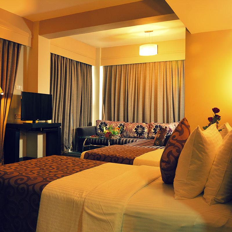 http://pearlgrouphotels.com/wp-content/uploads/2016/07/pearl-grand-hotel-sri-lanka-2.jpg