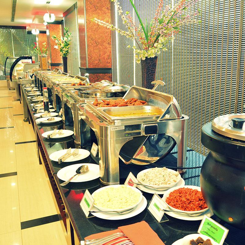 http://pearlgrouphotels.com/wp-content/uploads/2016/07/pearl-grand-hotel-sri-lanka-6.jpg